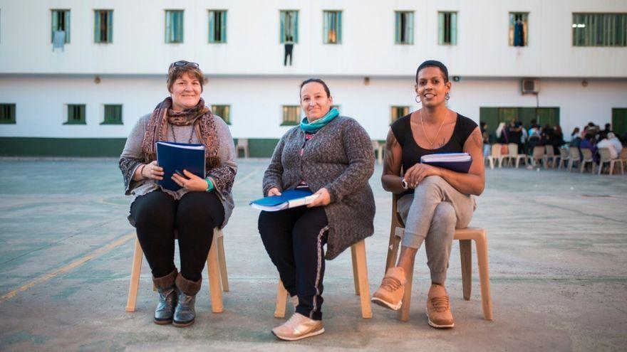 Recluses del centre penitenciari de Picassent que participen en la revista 'Impresas'