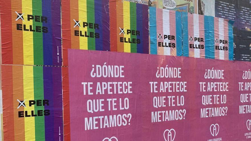 Els cartells de La Pollería que han tapat l'acció de Joves PV-Compromís i han originat la polèmica