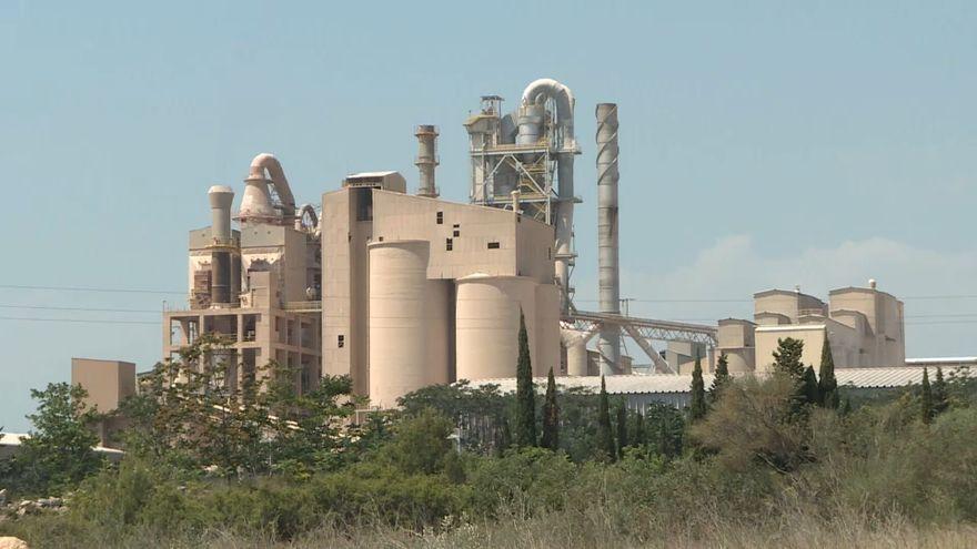 Imatge d'arxiu de la fàbrica cimentera de Bunyol