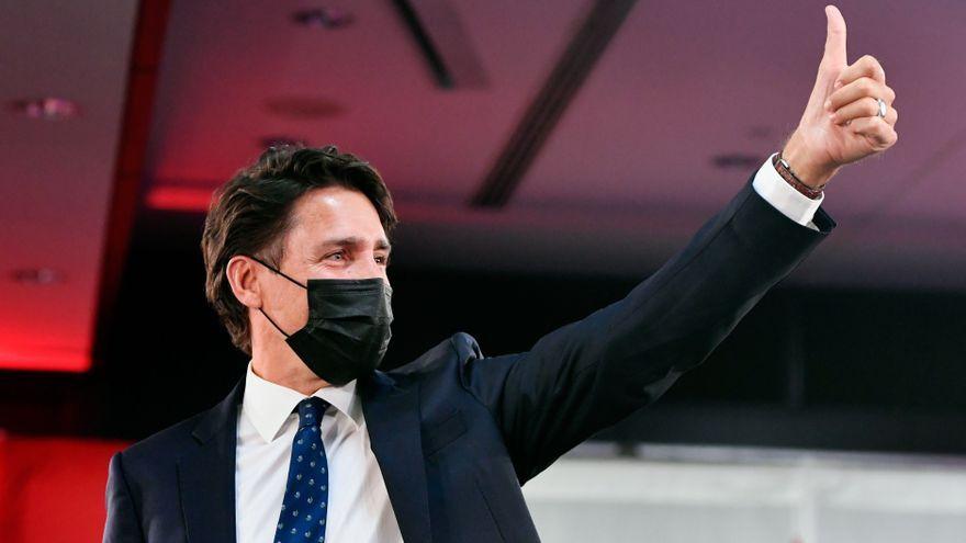 Justin Trudeau celebra la victòria electoral davant els simpatitzants