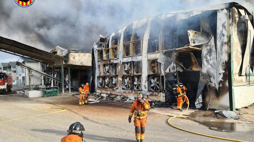 Incendi en una granja de pollastres aquest dijous de vesprada a Sinarcas