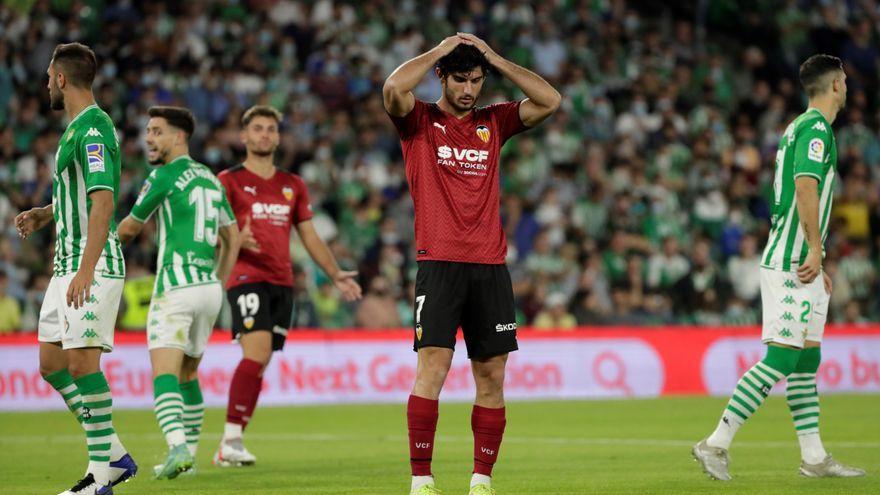 El València cau a Sevilla per 4 a 1