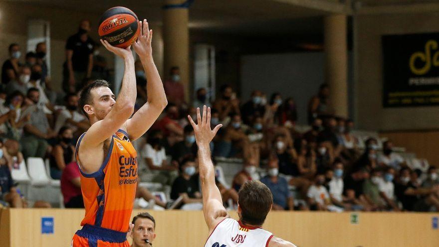Victor Claver es reestrena com a jugador del València Basket