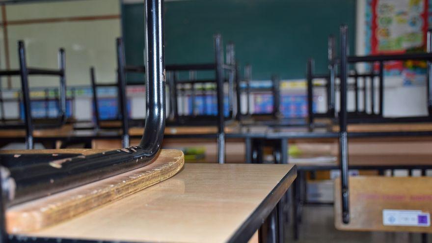 Aula d'una escola tancada per la pandèmia