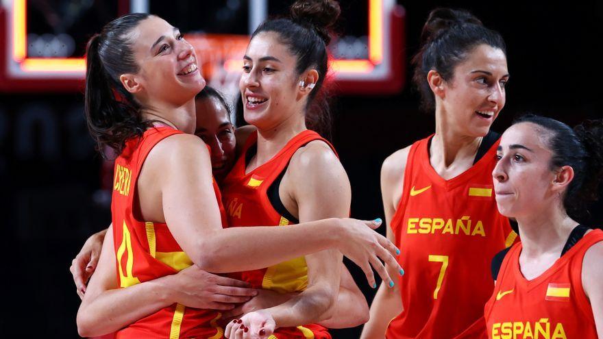 Les jugadores espanyoles celebren la victòria contra Corea del Sud
