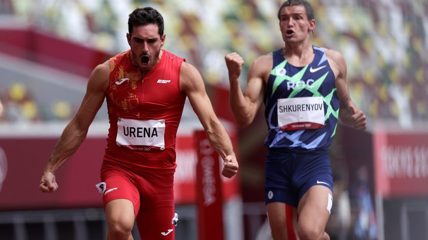 L'atleta d'Onil celebra la seua bona marca estrenyent els punys