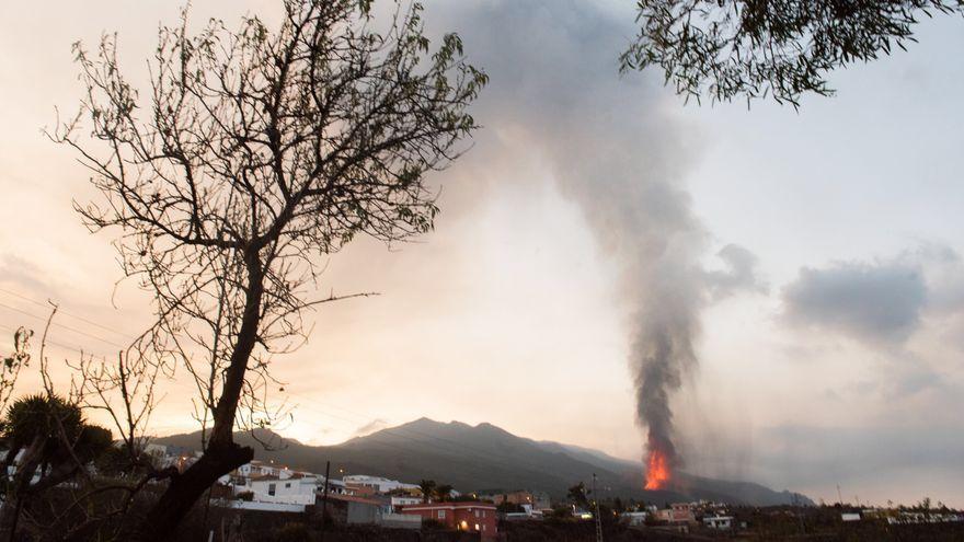 L'erupció que va començar el diumenge a la Palma comença aquest dijous el seu cinqué dia d'activitat