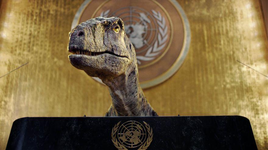El dinosaure virtual Frankie a l'ONU