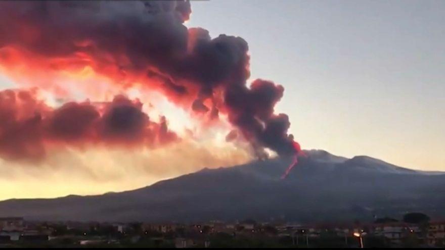 Una de les últimes erupcions de l'Etna, en una imatge d'arxiu