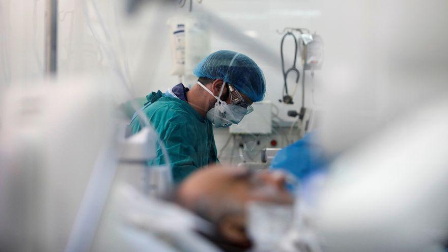 Pacient amb Covid-19 ingressat a l'UCI d'un hospital