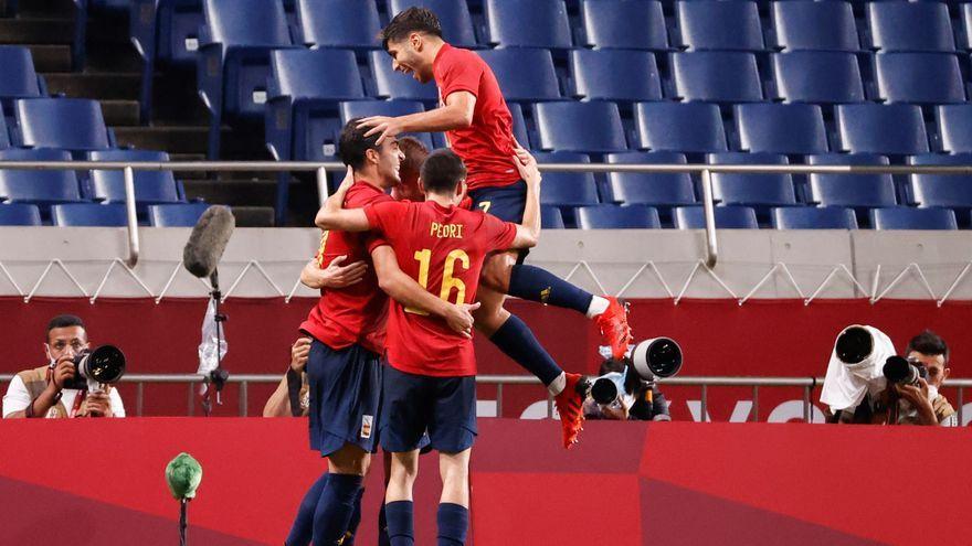 La selecció espanyola empata contra l'Argentina i passa a quarts de final