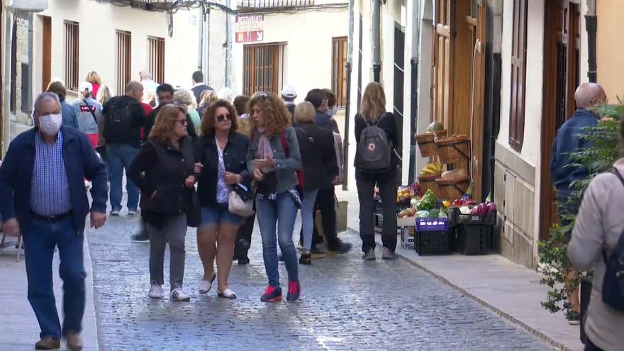 Un grup de turistes visita Morella