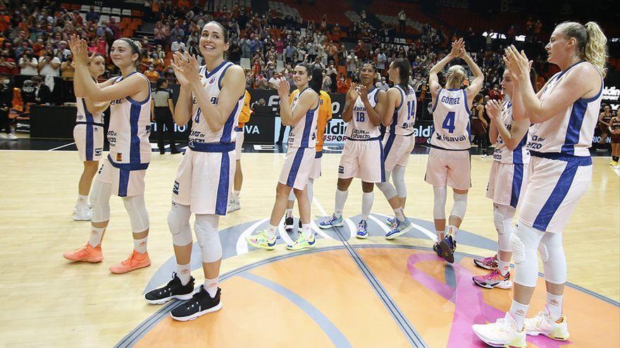 Victòria del València Basket contra el Namur a la Fonteta