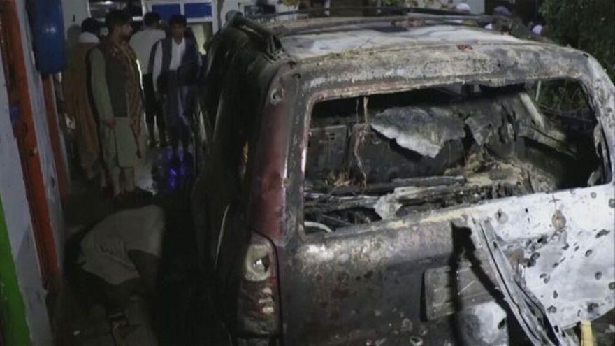 Imatge del cotxe atacat per un dron de l'exèrcit dels EUA