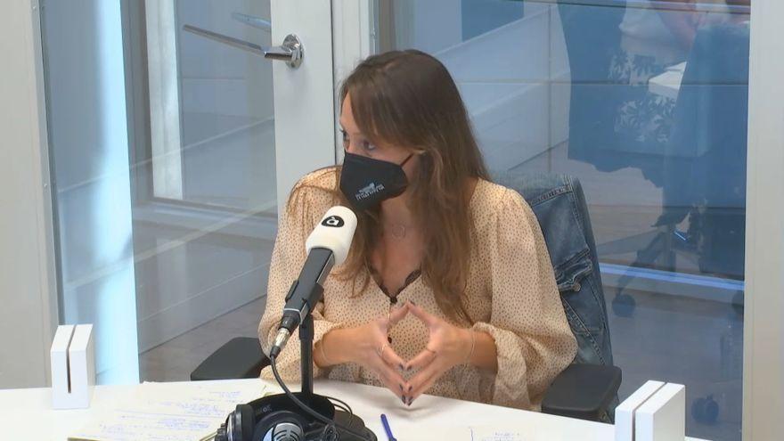 La magistrada especialitzada en violència de gènere Lara Esteve intervé en la ràdio d'À Punt
