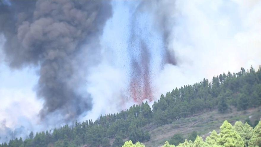 Primeres imatges de l'explosió del volcà