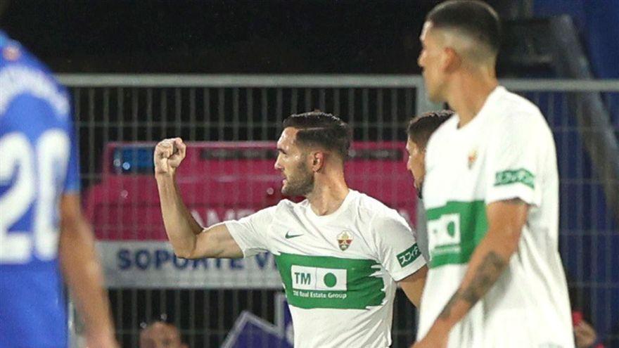 Lucas Pérez celebra el gol