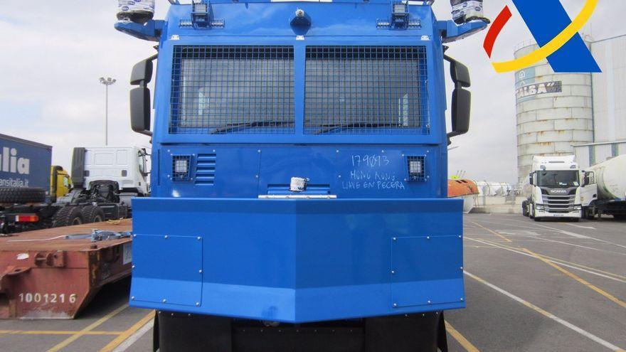 Vehicle antidisturbis que es pretenia exportar a la Xina