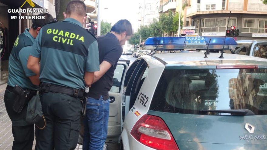 Moment en què la Guàrdia Civil va arrestar el Petit Nicolás de Crevillent