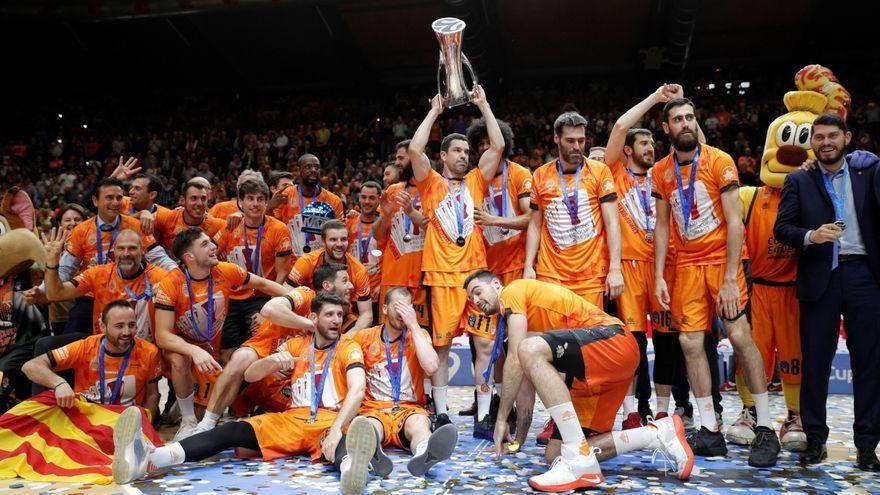 Imatge de l'última Eurocup que va guanyar el València Basket