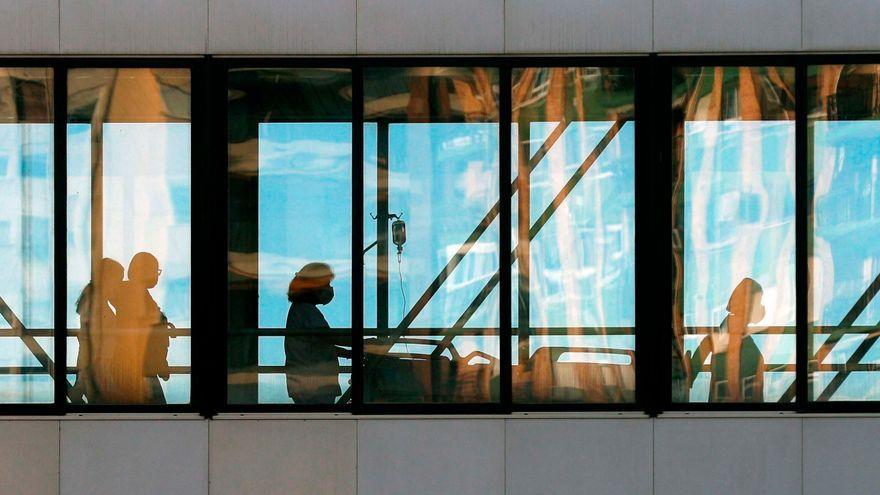 Imatge d'arxiu d'una de les sales de l'Hospital Clínic de València