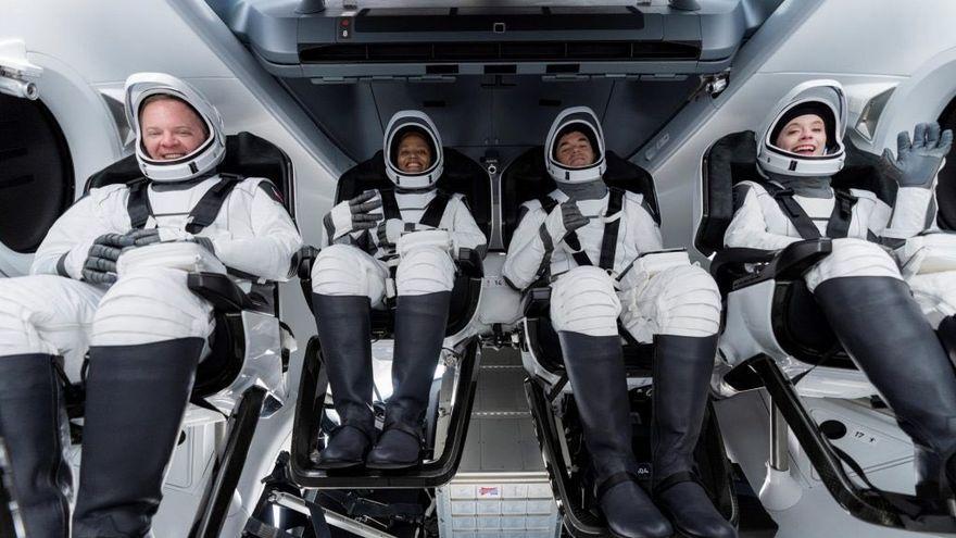 Els quatre tripulants civils del vol espacial Inspiration4