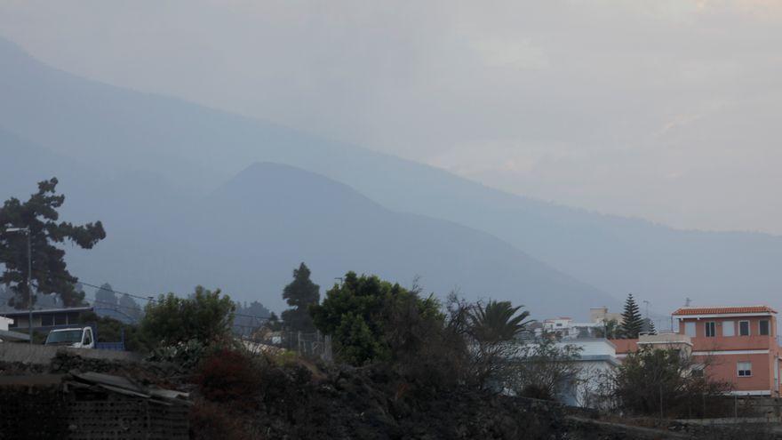 Cràter del volcà en calma aquest matí a La Palma