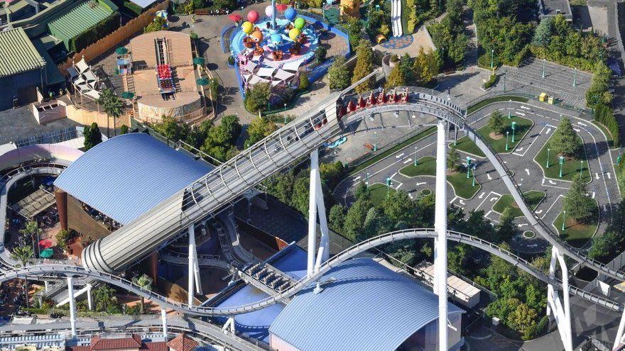 Persones atrapades en una de les muntanyes russes del parc Universal Studios d'Osaka