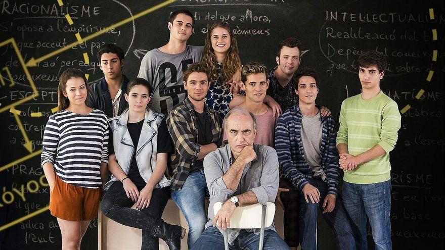 Merlí i el seu alumnat de l'institut Àngel Guimerà