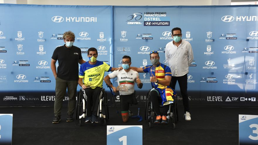 Els guanyadors de una de les proves del I Gran Premi Paracycling