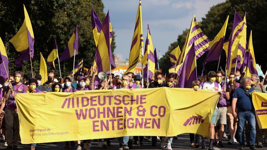 "Imatge d'arxiu d'una protesta de la plataforma ""Deutsche Wohnen & Co Enteignen"""