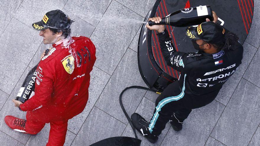 Sainz i Hamilton celebren el podi al Gran Premi de Rússia