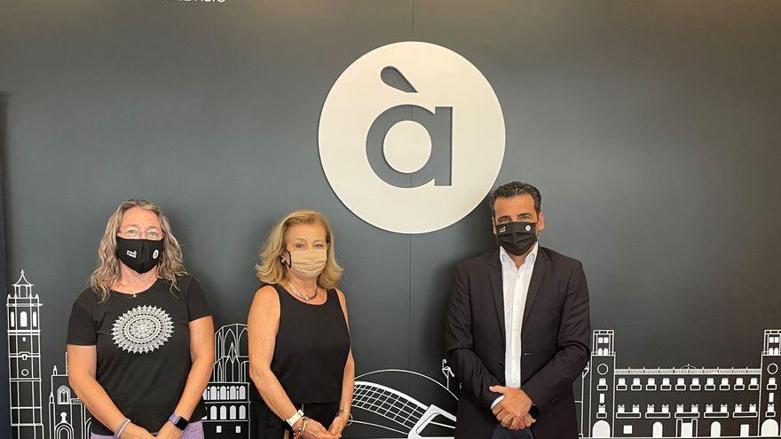 Mar Iglesias, Ana Ruiz i Afred Costa