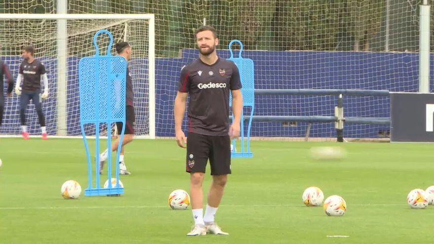 El jugador del Llevant, Shkodran Mustafi